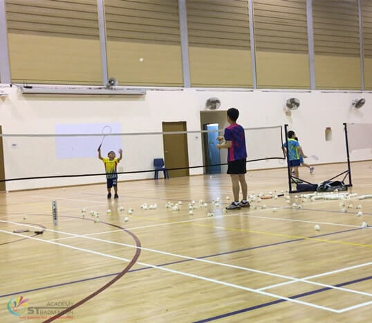 badminton class jurong children badminton training