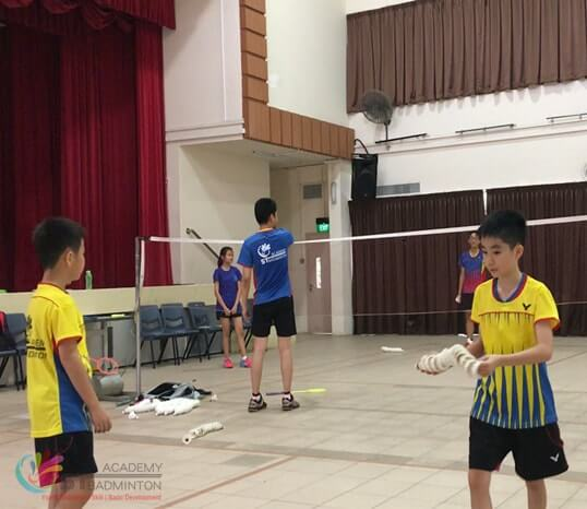 clementi cc badminton class children badminton training