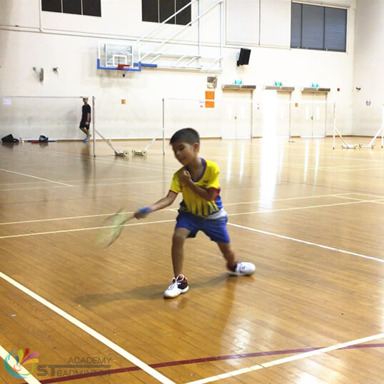 Badminton coaching for kids in Singapore STBA