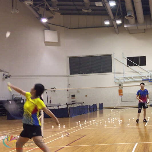 badminton training for adult in senja cahew cc by badminton coach mr.eric chuar Singapore
